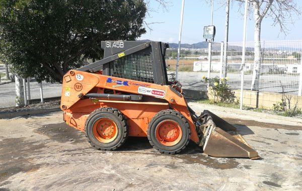 MINI CARGADORA DE RUEDAS FIAT-KOBELCO SL-45 B